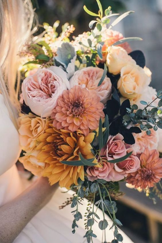 warm earth-toned fall wedding bouquets