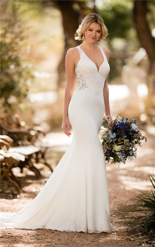 Essense of Australia Fall 2017 Wedding Dress_D2326_01-2