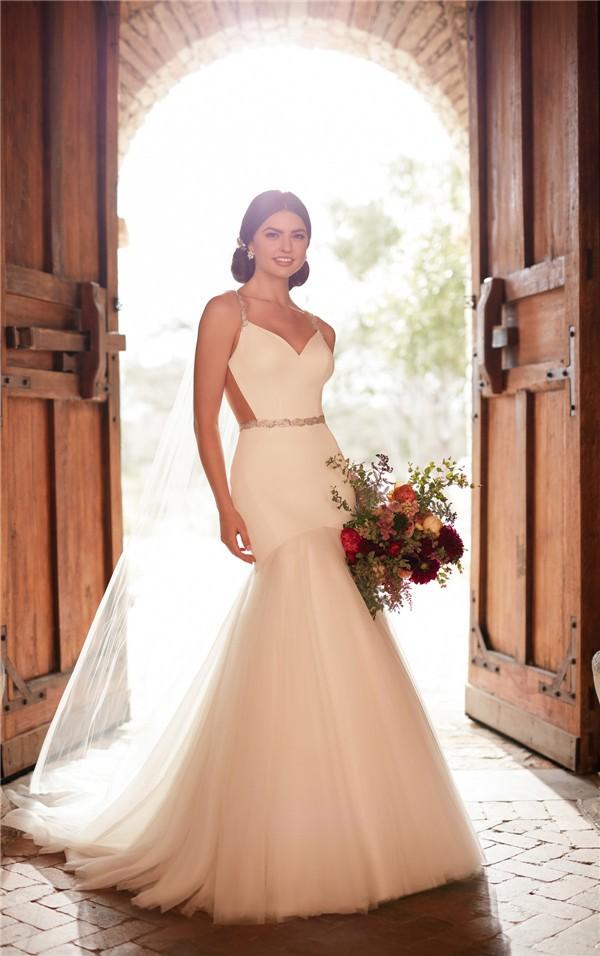 Essense of Australia Fall 2017 Wedding Dress_D2372_01