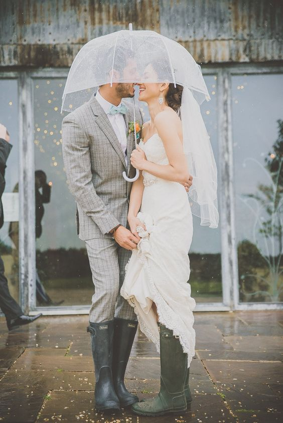awesome rainy day wedding