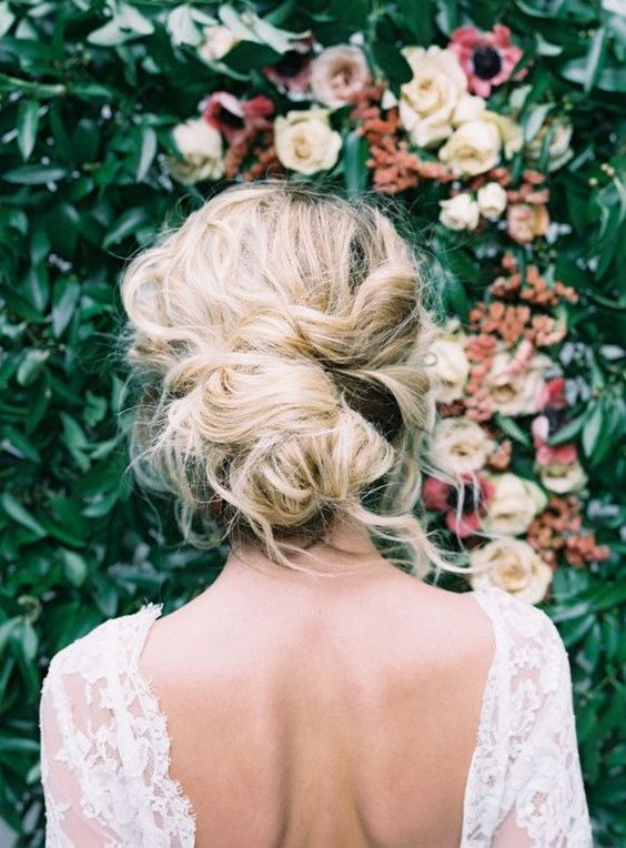 boho bridal hairstyle with retro style