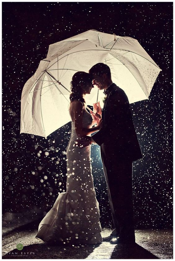 breathtaking night rainy day wedding photo