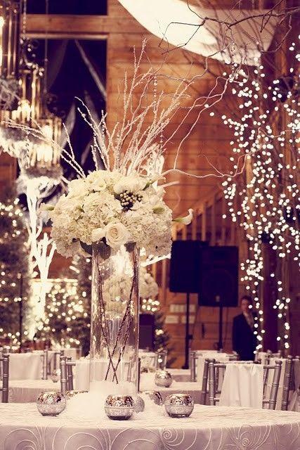 dramatic and elegant winter wedding decor ideas