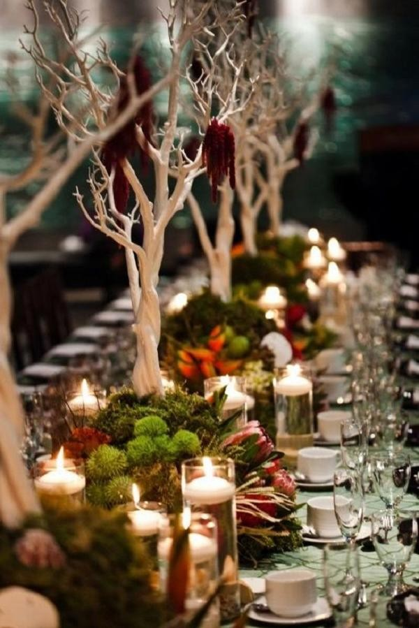 funny and rustic winter wedding table decoration