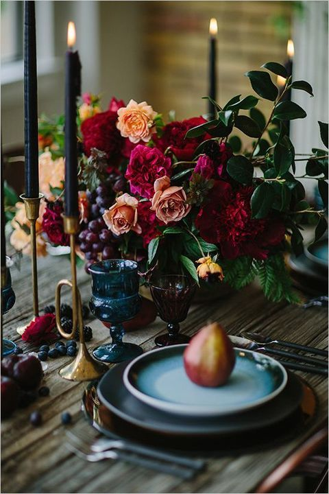 gorgeous fruit and flower decorations for winter wedding
