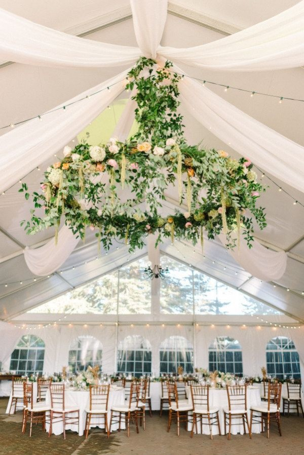 insanely gorgeous wedding flower chandeliers