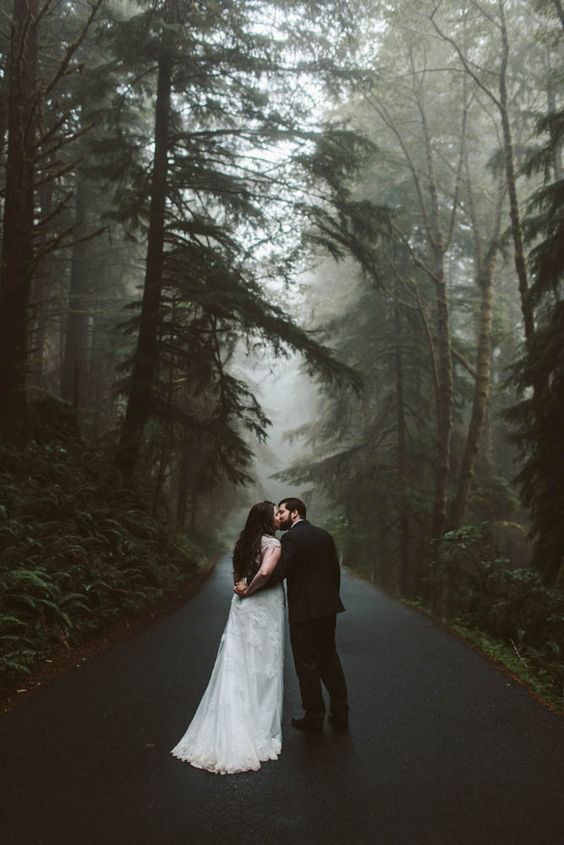 oregon coast elopement for fall wedding