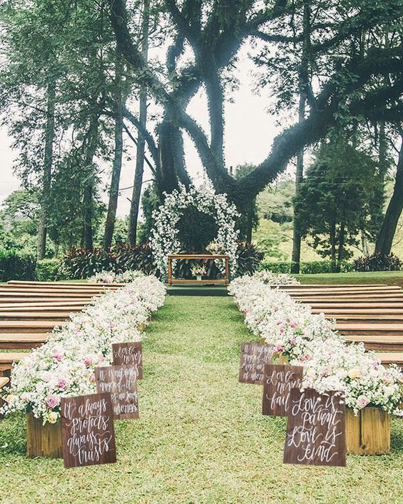 29 awesome wedding aisle decorations for fall wedding for Outdoor wedding decoration ideas