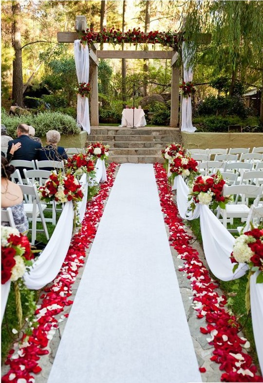 red flower and white ribbon for fall weddings