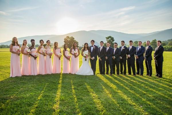 romantic outdoor wedding photo ideas
