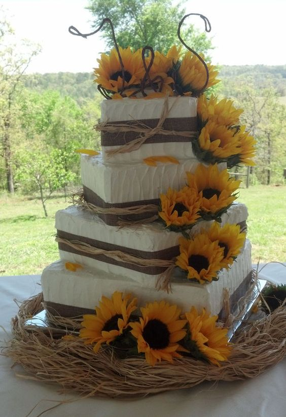 sunflower wedding cake for rustic nuptial
