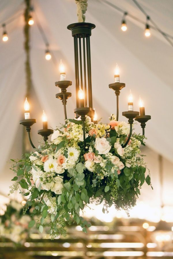 vintage floral wedding chandelier with candlelight