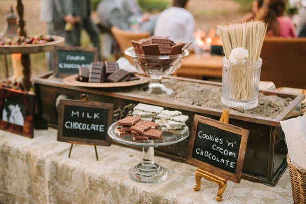 vintage wedding s'more bar idea