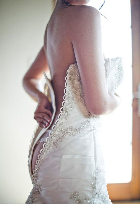 wedding pictures that are so sexy and eye-catching