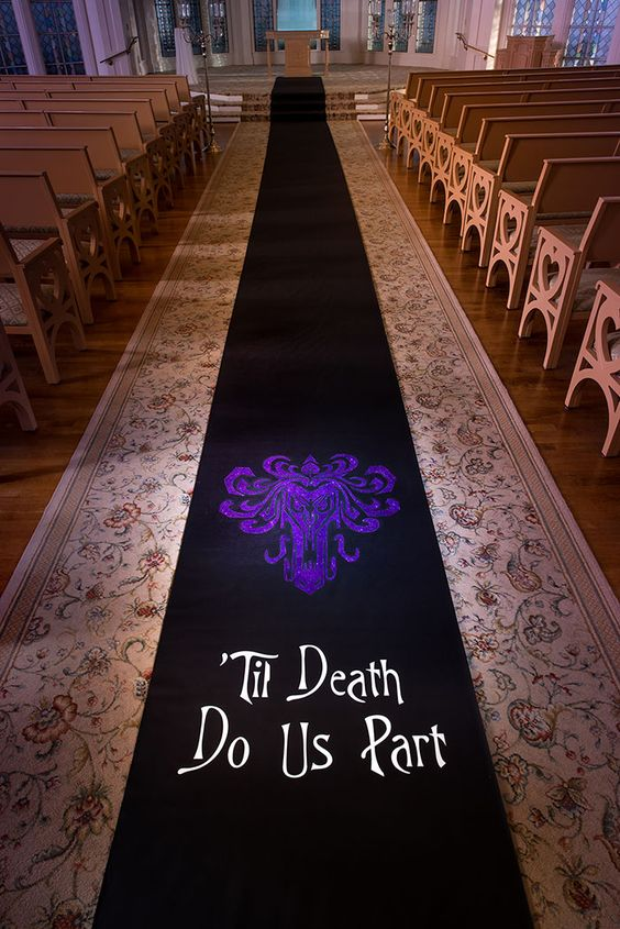 Creative and Fun Ideas for a Disney Wedding 010