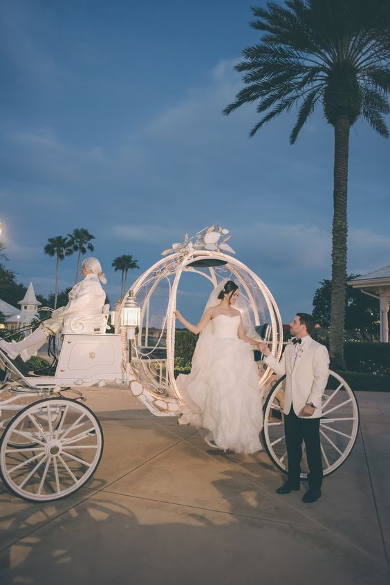 Creative and Fun Ideas for a Disney Wedding 014