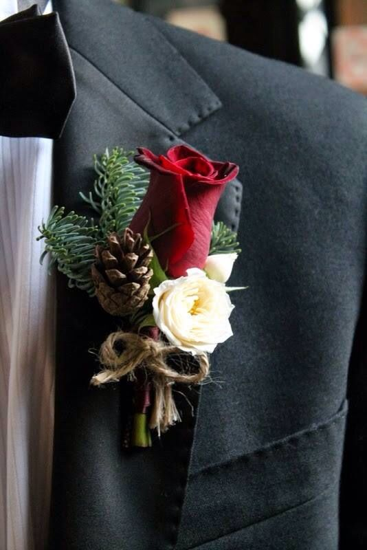 Eye-catching Red Winter Wedding Ideas You Will Never Regret Having! 003