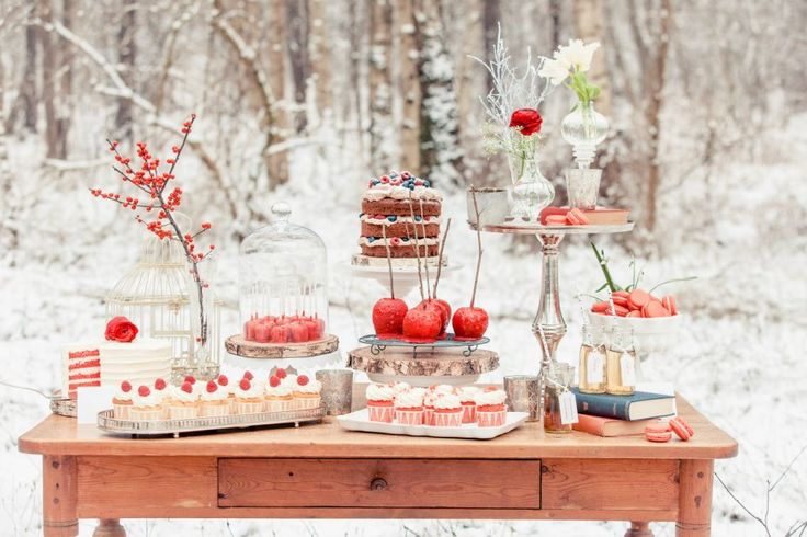 Eye-catching Red Winter Wedding Ideas You Will Never Regret Having! 005