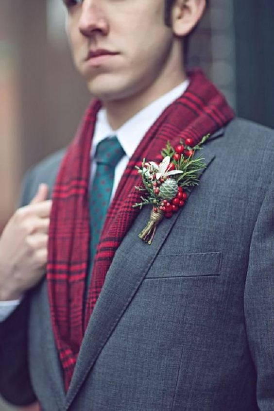 Eye-catching Red Winter Wedding Ideas You Will Never Regret Having! 012