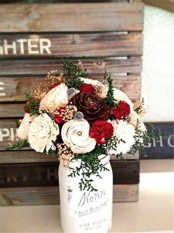 Eye-catching Red Winter Wedding Ideas You Will Never Regret Having! 016
