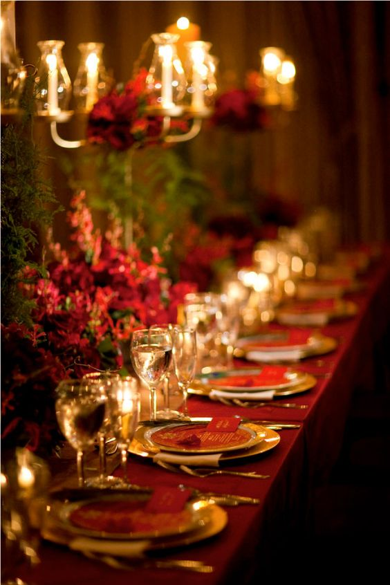 Eye-catching Red Winter Wedding Ideas You Will Never Regret Having! 017