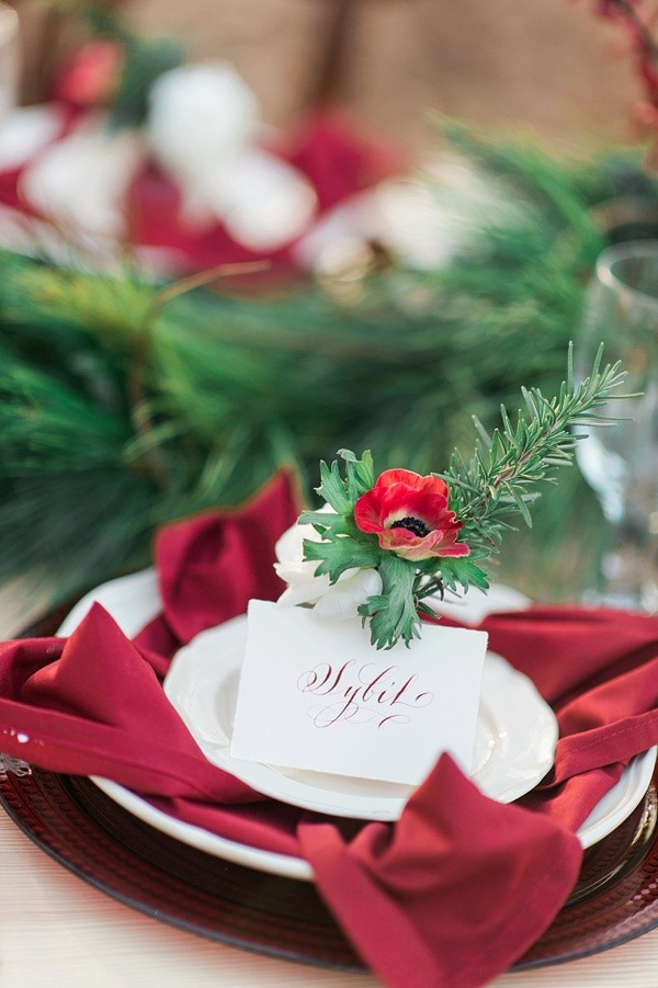 Eye-catching Red Winter Wedding Ideas You Will Never Regret Having! 021