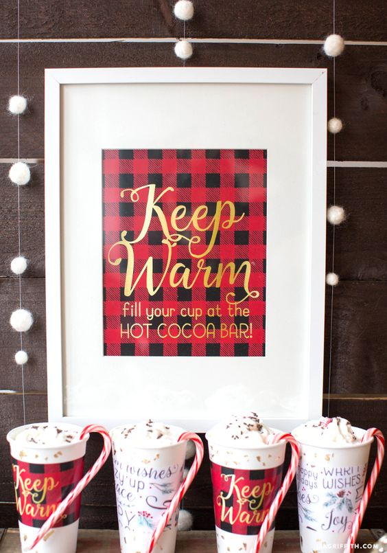 Eye-catching Red Winter Wedding Ideas You Will Never Regret Having! 024