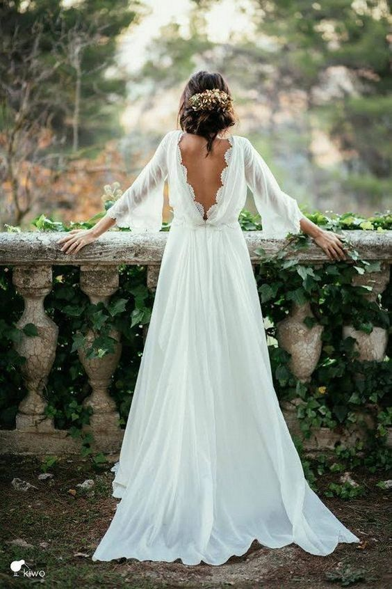 Stunning Open Back Wedding Dresses That Wow 010