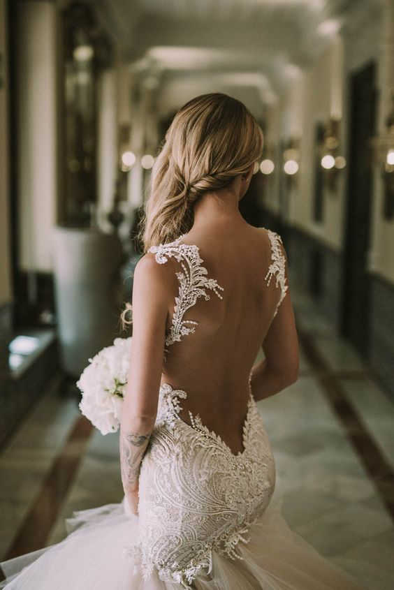 Stunning Open Back Wedding Dresses That Wow 019