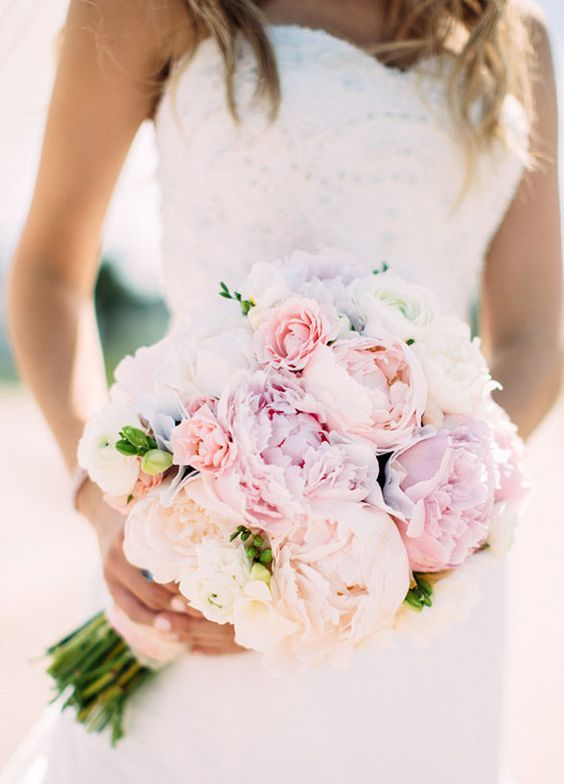 Super picture-perfect peony wedding bouquets you will adore 003