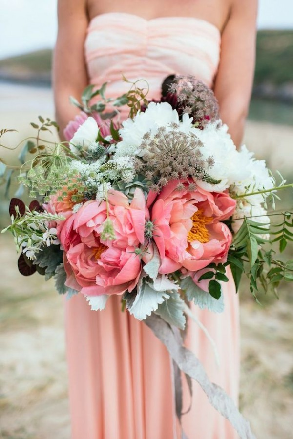 Super picture-perfect peony wedding bouquets you will adore 008