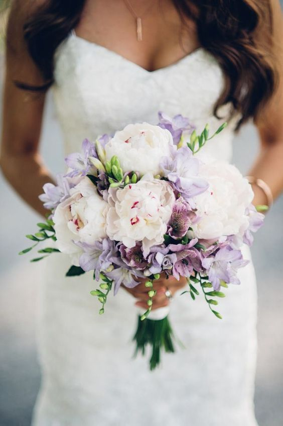 Super picture-perfect peony wedding bouquets you will adore 011