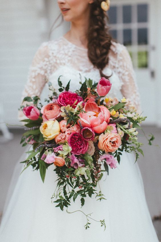 Super picture-perfect peony wedding bouquets you will adore 014