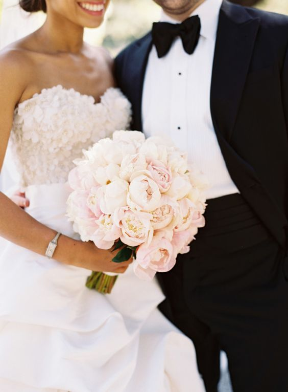 Super Picture Perfect Peony Wedding Bouquets You Will Adore 016
