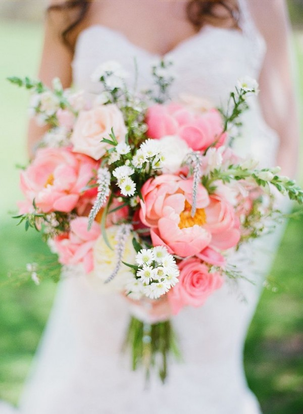 Super picture-perfect peony wedding bouquets you will adore 019