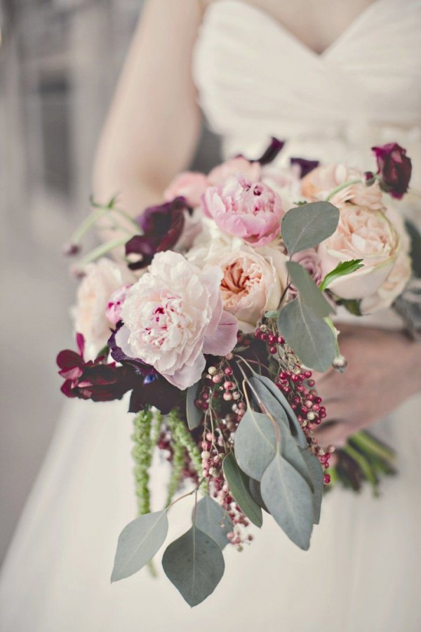 Super picture-perfect peony wedding bouquets you will adore 020