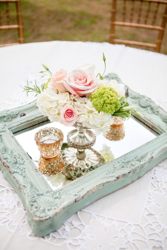 Vintage Wedding Centerpieces That Take Your Wedding to a New Level 002