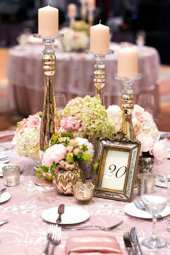 Vintage Wedding Centerpieces That Take Your Wedding to a New Level 003