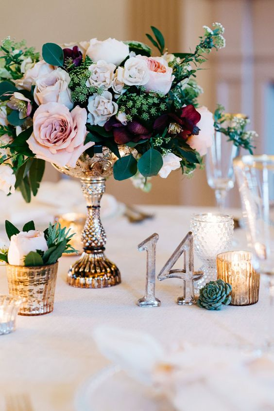 Vintage Wedding Centerpieces That Take Your Wedding to a New Level 007