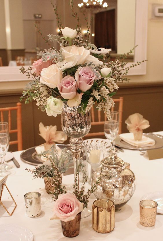 Vintage Wedding Centerpieces That Take Your Wedding to a New Level 009