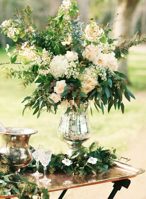 Vintage Wedding Centerpieces That Take Your Wedding to a New Level 011