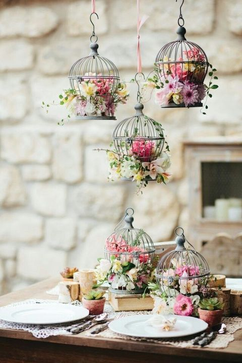 Vintage Wedding Centerpieces That Take Your Wedding to a New Level 013