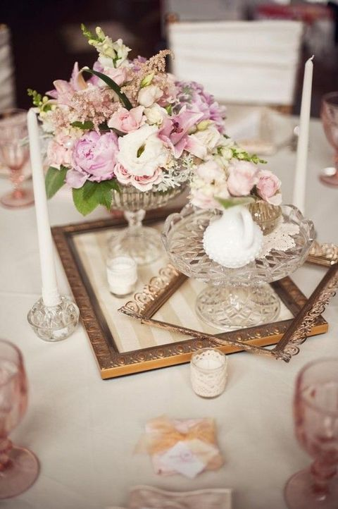 Vintage Wedding Centerpieces That Take Your Wedding to a New Level 015