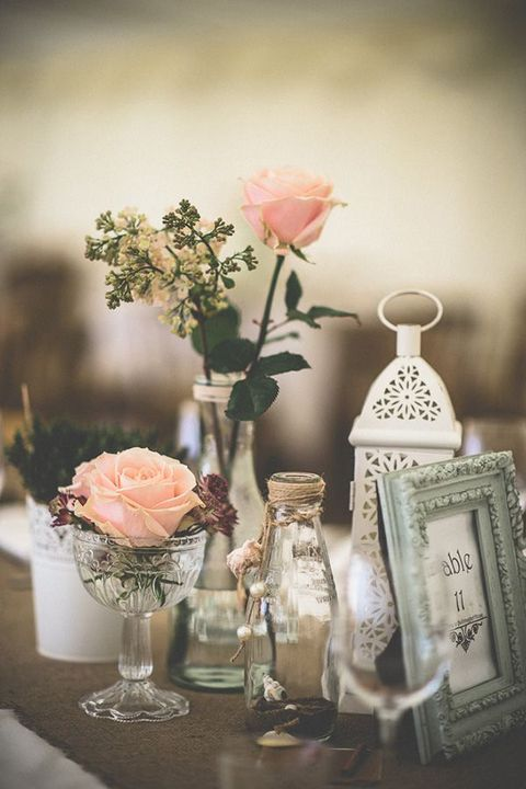 Vintage Wedding Centerpieces That Take Your Wedding to a New Level 016