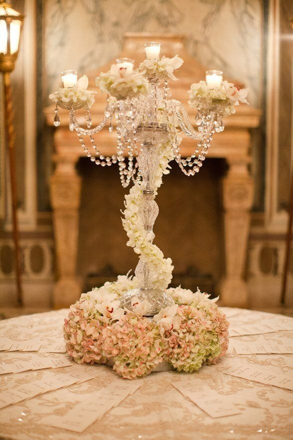 Vintage Wedding Centerpieces That Take Your Wedding to a New Level 018
