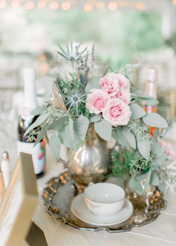 Vintage Wedding Centerpieces That Take Your Wedding to a New Level 026