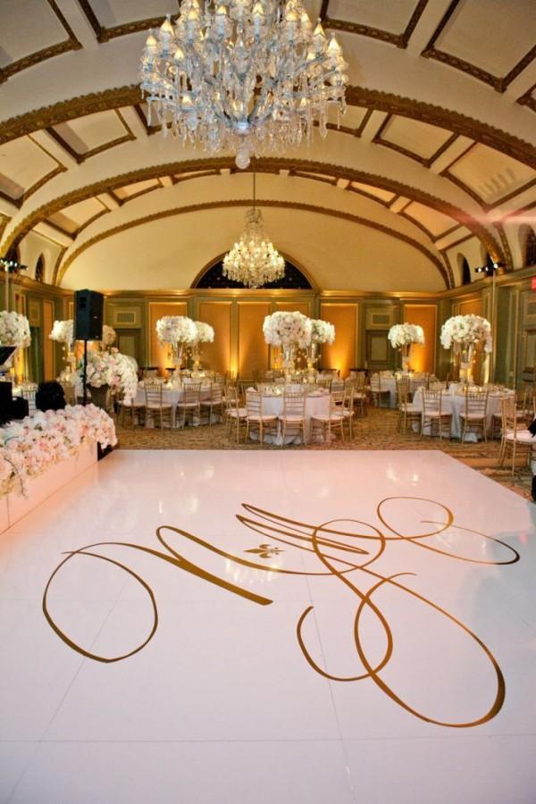 Wedding Monogram Decoration Ideas That Wow 003