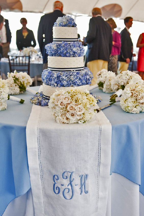 Wedding Monogram Decoration Ideas That Wow 021