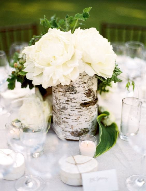 White Rose Bouquet Wedding Simple