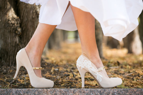Stylish and Charming Nude Wedding Shoes to Love 007